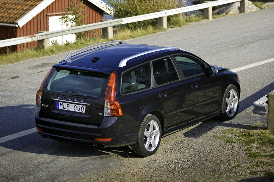 2006 volvo v50 owners manual